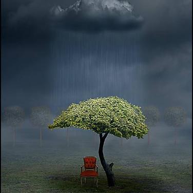 Den röda stolen.Rektangulär.