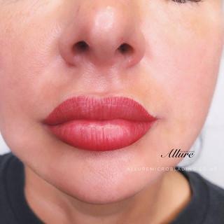 Mwah...💋 😘 Gloss and go lips. 💋 _Lip