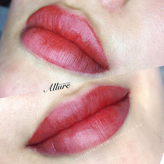 Gloss and go lips. 💋 Sexy alluring lips