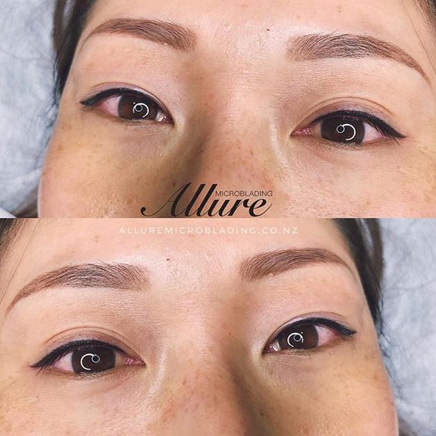 Fresh winged eyeliner 👁👁 and healed mi