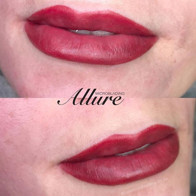 Lip contouring. Lip tattoo. Fullness ins