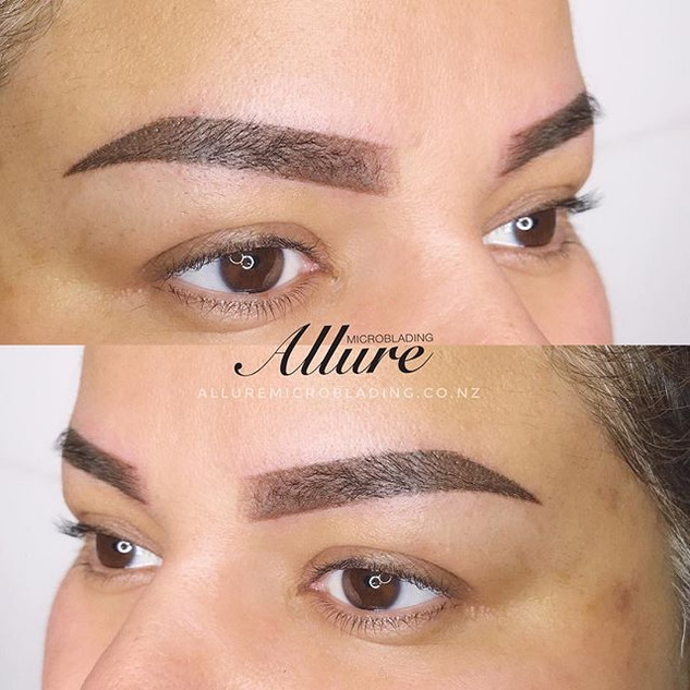Ombre Powder Brows 💣 😍_._._✅ Suit all