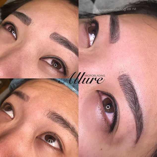 Lash liner and feathering eyebrows._._💕