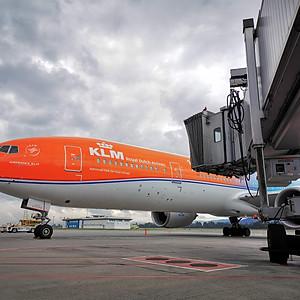 Aviones y Plataforma