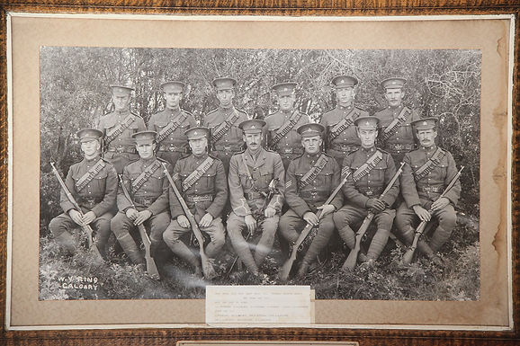 13th CDN MOUNTED RIFLES RECRUITS FROM TWIN BUTTE