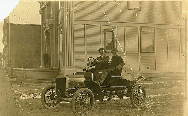Early Car in front of Bank of Commerce