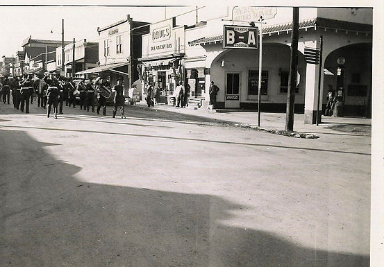 Street Parade in 1930s