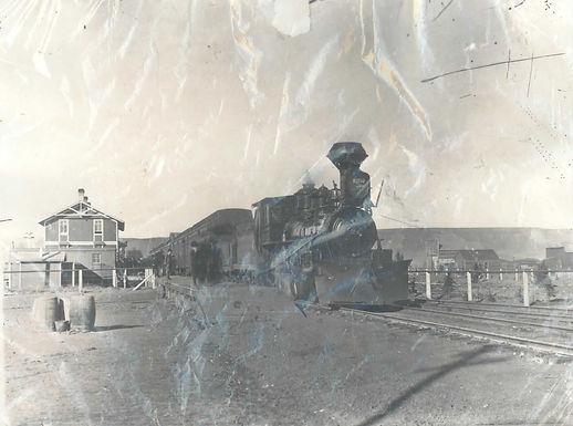 Locomotive at Pincher City