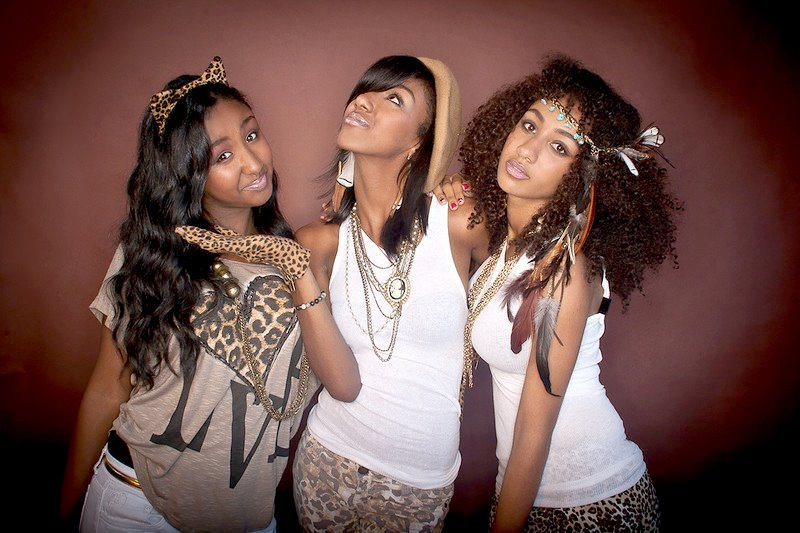 EriAm Sisters Photo Shoot