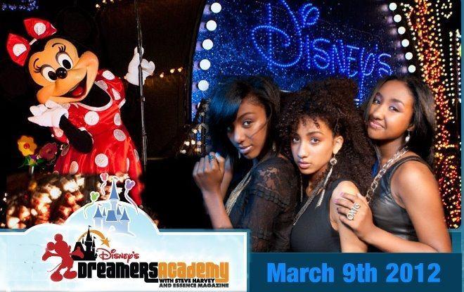EriAm Sisters At Disney