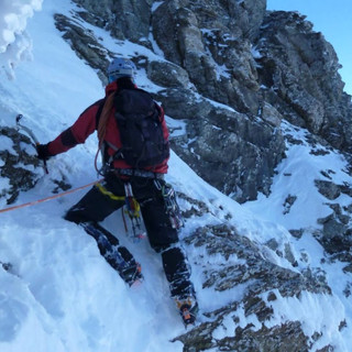 Escalada invernal Vía Edil al Aspe