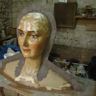 Refabrication de la géante Reine Tournai