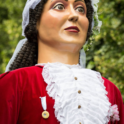 Géants Madame Bon Air