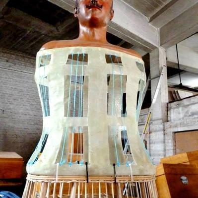 refrabrication des têtes des géants croisés de Tournai