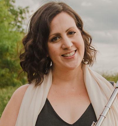 headshot with flute - Jessica Billitteri.jpg