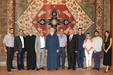 H.H. Aram I Catholicos of Cilicia visits Megerian Carpet Armenia