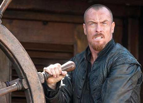 Captain Flint din Black Sails s-a făcut spion englez! .