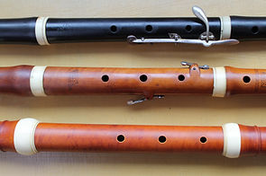 From top to bottom: Early-romantic flute, classical flute and baroque flute