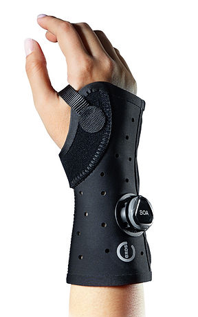 fracture brace.jpg