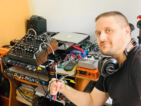 Laboratório de música eletrônica na CCMQ