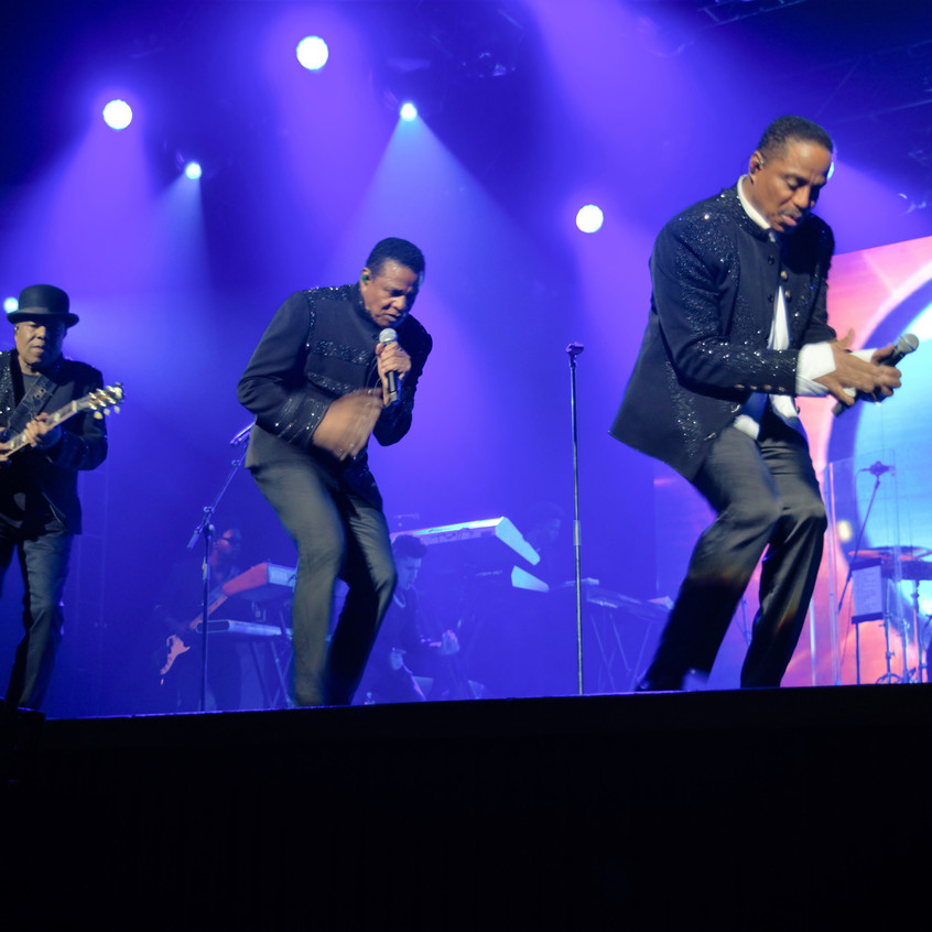 The Jacksons 6