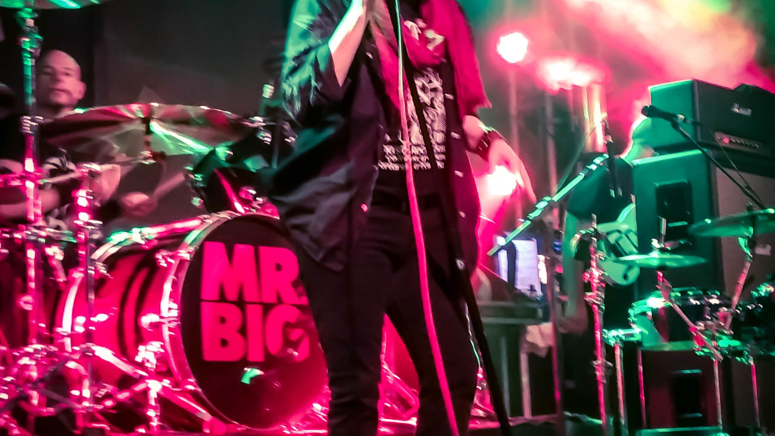 Mr. Big em POA