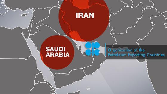 Saudis Losing Oil War as Iran Gains Power