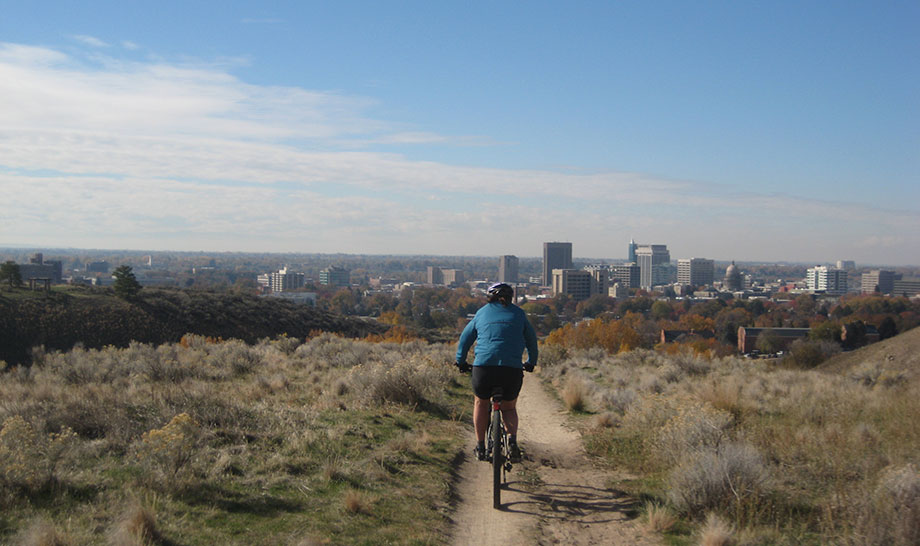 mountain biker Boise foothills