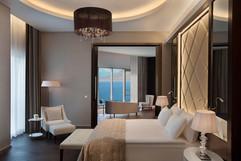 akra-rooms-panorama-suite-01.jpg