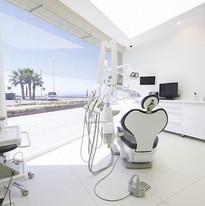 choosing-a-dental-clinic.jpg