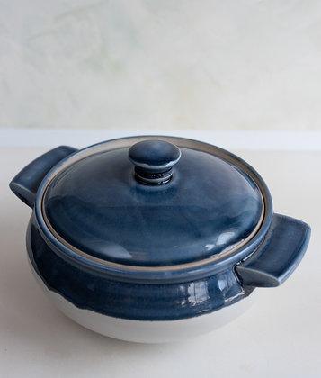 Lidded ceramic bowl