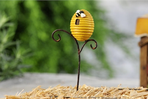 Country Bee Stake