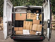 camion plein de cartons.jpg