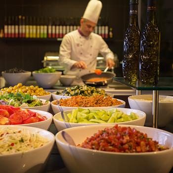 3049_Chef_Kitchen_CIP_R1.jpg