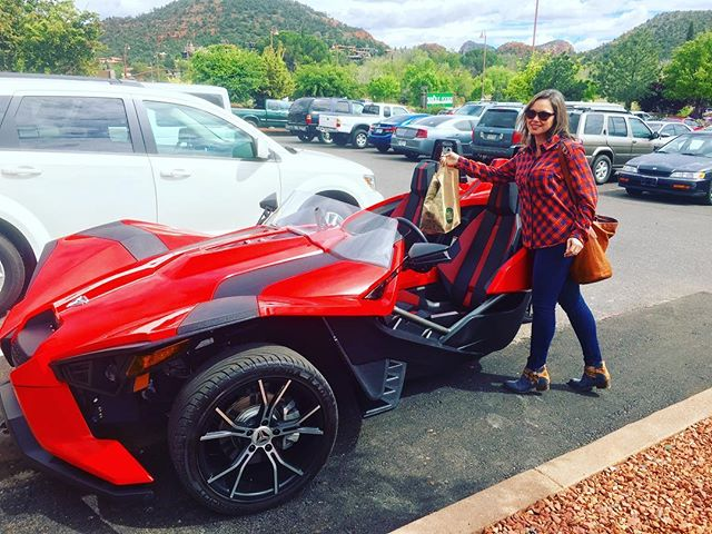 _thaigreenfield Grocery shopping in the Slingshot SL #polarisslingshot #Sedona