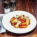 Šúľance s paradajkovo-hríbovou omáčkou