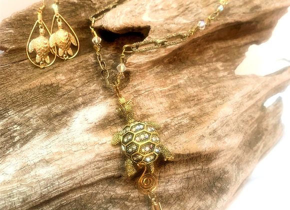 Rhinestone Turtle Pendant Necklace