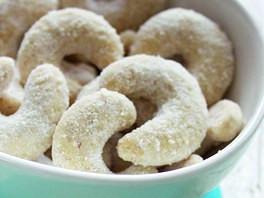 celozrnné zdravé vanilkové rohlíčky