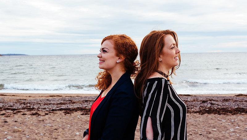 Cèilidh air-loidhne: Dawn & Margie Beaton