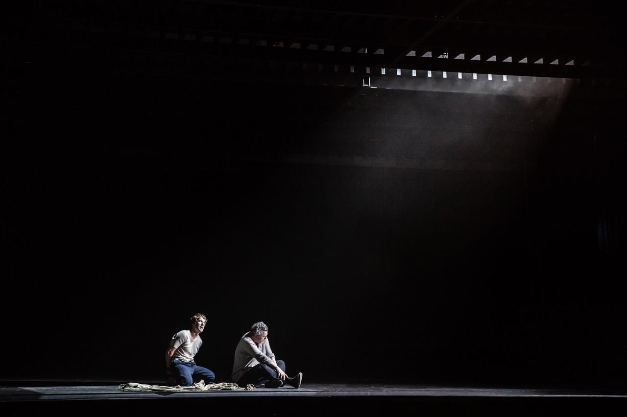 Jacques Imbrailo (Billy Budd) and Stephen Richardson (Dansker)
