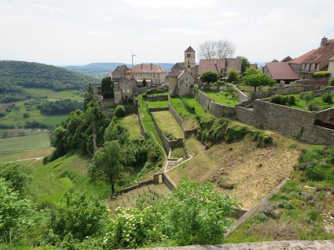Château-Chalon l'un des plus beaux villages de France !