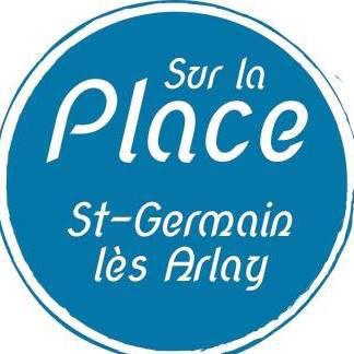 sur-la-place3.jpg