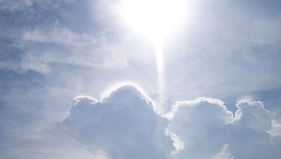 sol-y-nubes-25761282443000tnLM.jpg