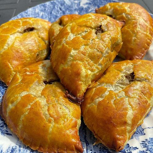 5 Jamaican Meat  Patties (mild) - Mitzuyan Kosher Catering