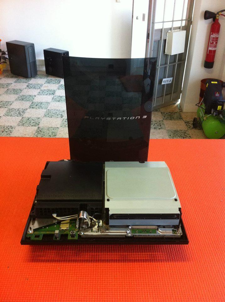 Reparação da gráfica de uma Sony Playstation 3.jpg