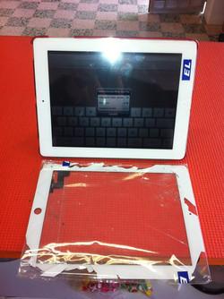 Substituição do touch de um Ipad 2..jpg
