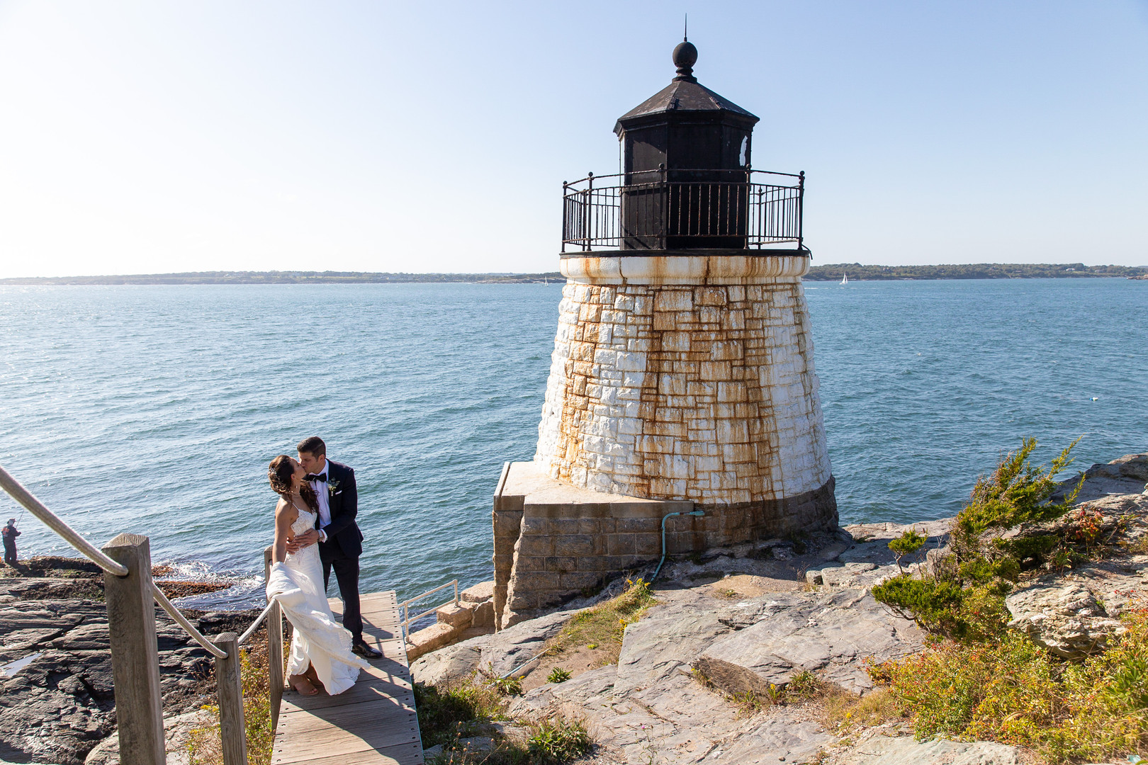 Bride and Groom at Castle Hill Lighthouse