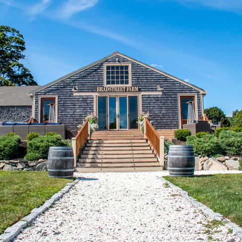 Venue Spotlight: Barn at Bradstreet Farm
