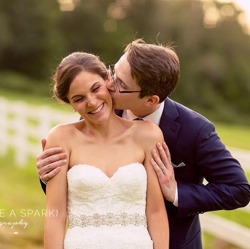 Featured Wedding: Roxanne + Zach - a DIY Hit!