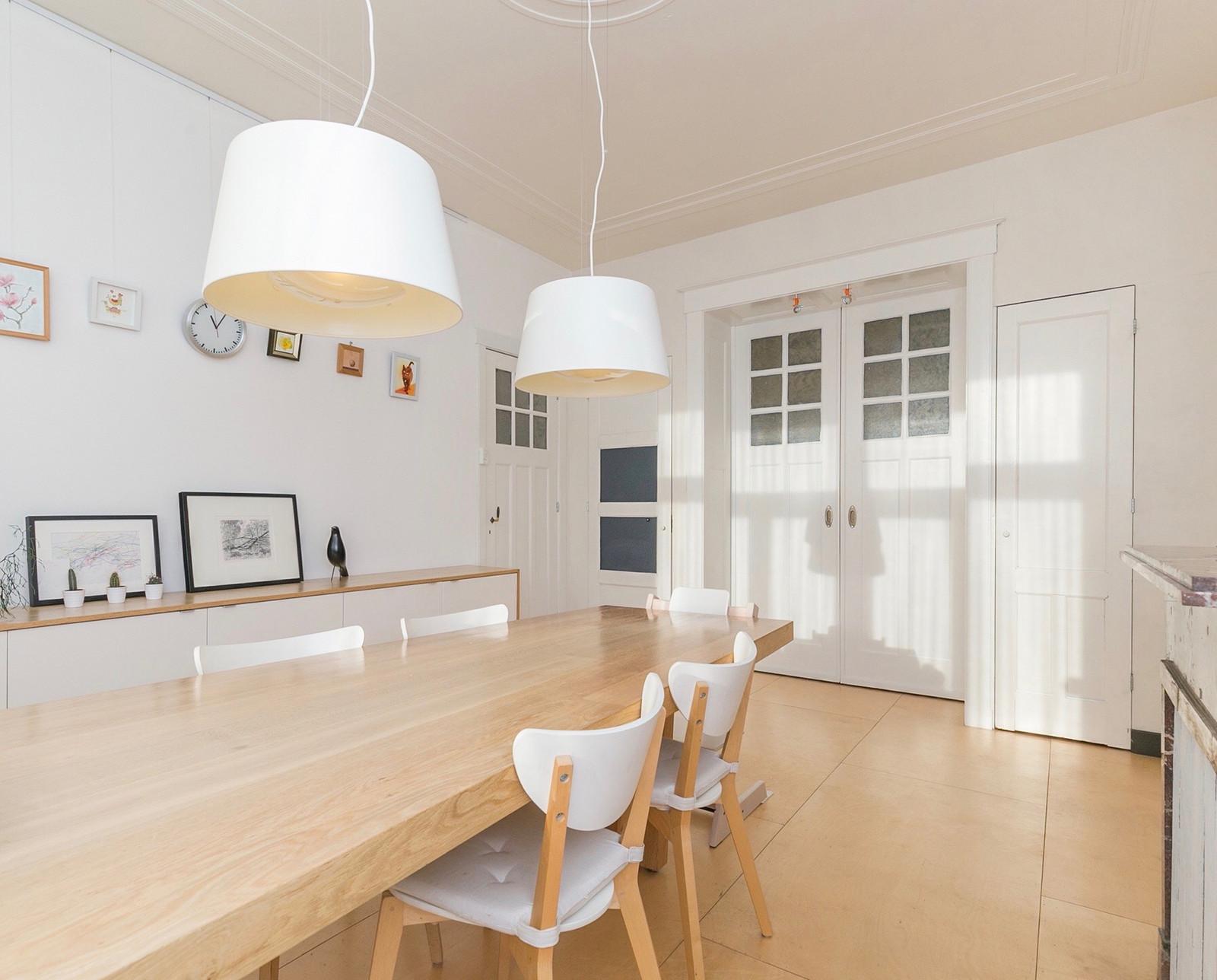Beautiful eikenhouten tafel in perspectief meter lang en for Sideboard 3 meter lang